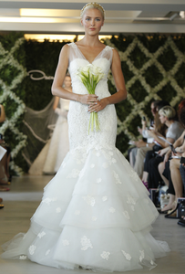 Oscar de la Renta '44N44' - Oscar de la Renta - Nearly Newlywed Bridal Boutique - 6