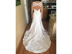 House of Brides Couture 'HOBLV-2245' size 6 new wedding dress back view on bride