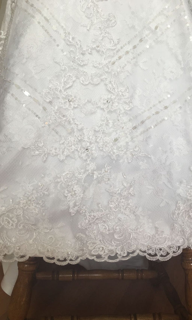 House of Brides Couture 'HOBLV-2245' size 6 new wedding dress view of material