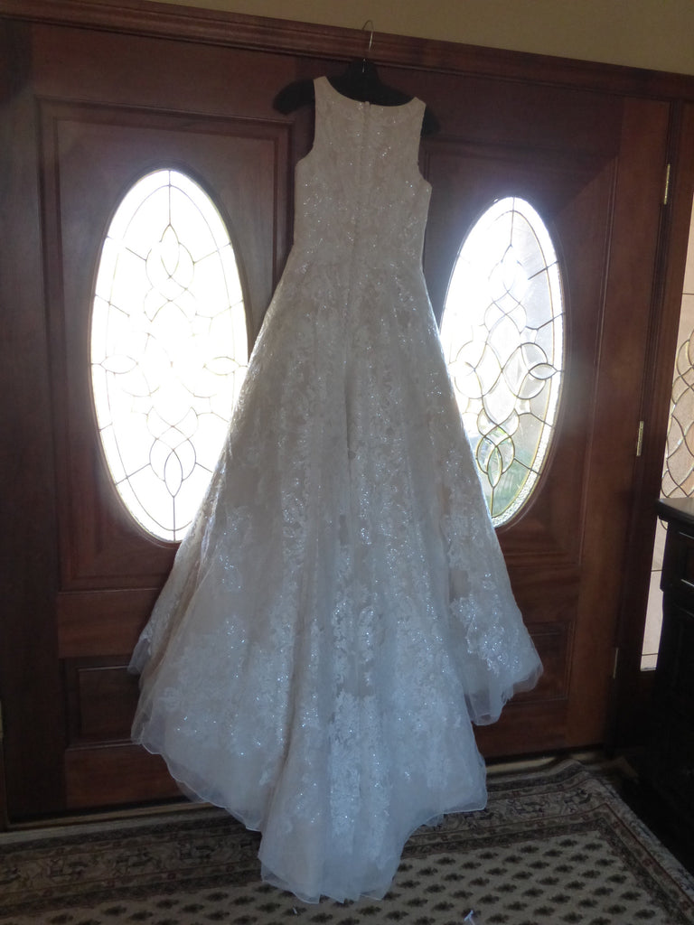 Oleg Cassini style #653 - Oleg Cassini - Nearly Newlywed Bridal Boutique - 3