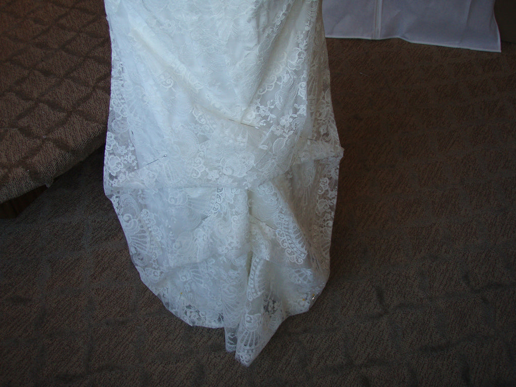 Monique Lhuillier 'Gemma' - Monique Lhuillier - Nearly Newlywed Bridal Boutique - 8