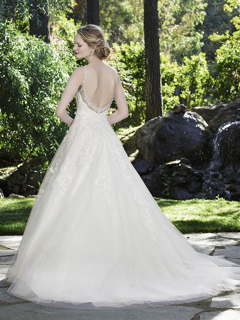 Casablanca 'Juniper' size 16 used wedding dress back view on model
