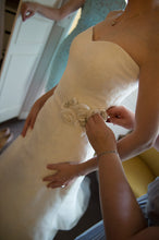 Load image into Gallery viewer, Modern Trousseau 'Ryan' - Modern Trousseau - Nearly Newlywed Bridal Boutique - 2