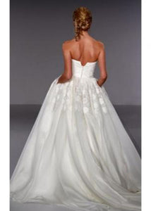 Priscilla of Boston Vineyard Collection Morgan Wedding Dress - Priscilla of Boston - Nearly Newlywed Bridal Boutique - 4