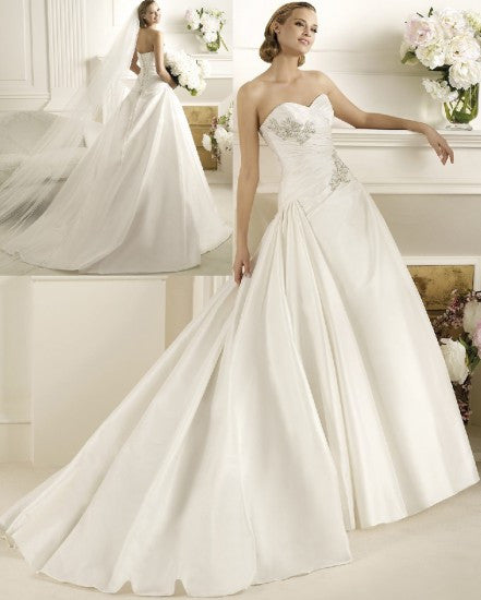 Pronovias 'Dracma' - Pronovias - Nearly Newlywed Bridal Boutique - 1