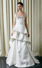 Monique Lhuillier Rihanna Sleeveless Pickup Wedding Dress - Monique Lhuillier - Nearly Newlywed Bridal Boutique - 1