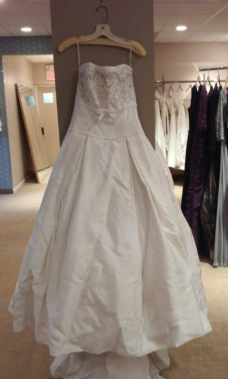 "Richard Glasgow ""Ball Gown"" - Nearly Newlywed - Nearly Newlywed Bridal Boutique"