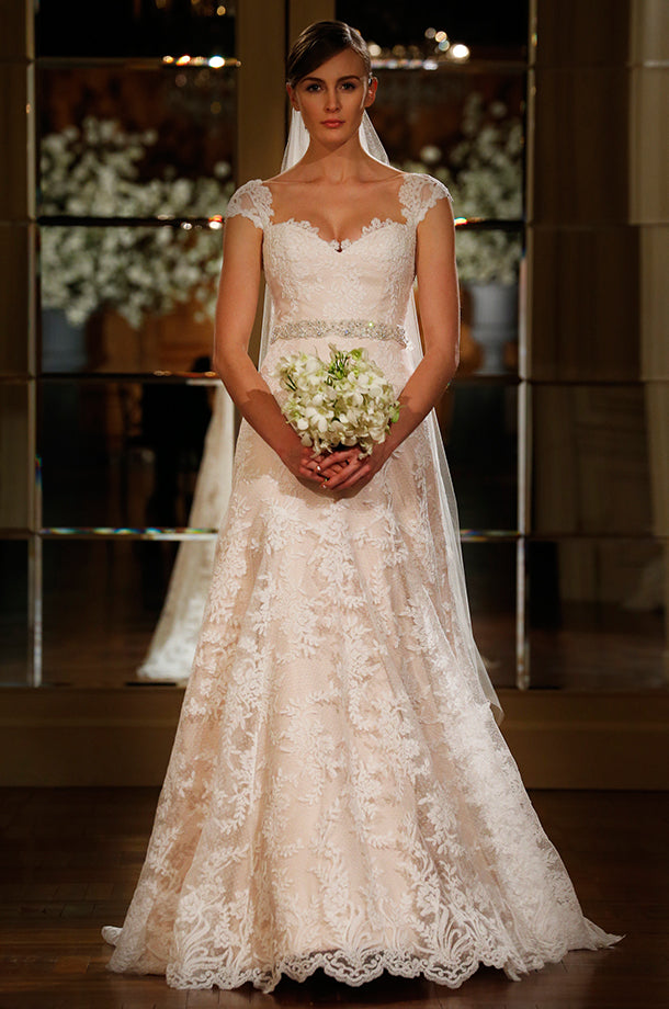 Romona Keveza 'L5106' size 6 used wedding dress front view on bride