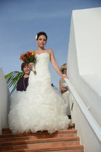 Load image into Gallery viewer, Mark Zunino '74514' - mark zunino - Nearly Newlywed Bridal Boutique - 4