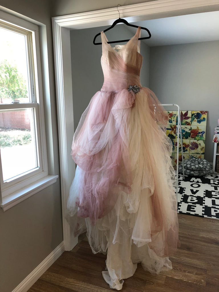 Vera Wang White 'Ombre Tulle' size 4 used wedding dress front view on hanger