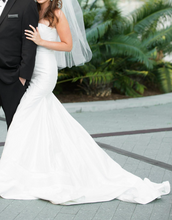 Load image into Gallery viewer, Jorge Manuel 'Phoenix' - Jorge Manuel - Nearly Newlywed Bridal Boutique - 1