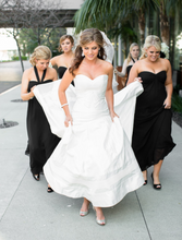Load image into Gallery viewer, Jorge Manuel 'Phoenix' - Jorge Manuel - Nearly Newlywed Bridal Boutique - 3