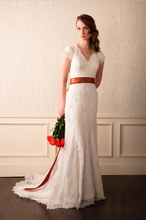 Load image into Gallery viewer, Alllure Bridals 'M476' - Allure Bridals - Nearly Newlywed Bridal Boutique - 2