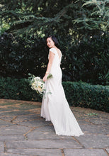 Load image into Gallery viewer, Johanna Johnson 'Hendricks' size 2 used wedding dress side view on bride