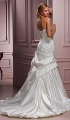 Maggie Sottero 'Parisianna' size 8 used wedding dress back view on model