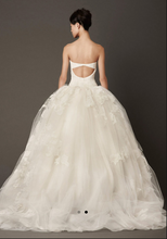 Load image into Gallery viewer, Vera Wang 'Lisbeth' Ballgown