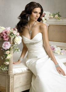 Jim Hjelm Sweetheart Gown - Jim Hjelm - Nearly Newlywed Bridal Boutique - 1