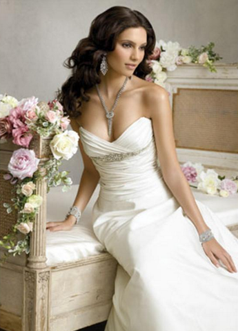 Jim Hjelm Sweetheart Gown