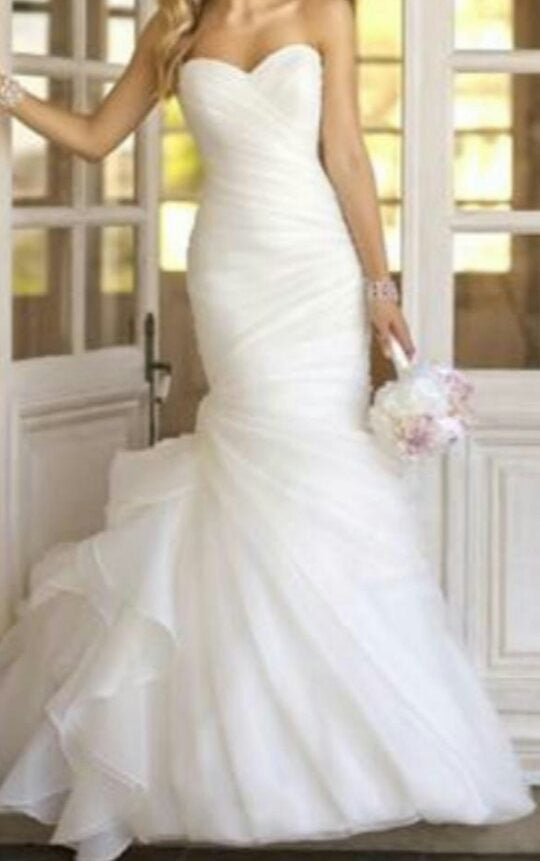 Essence of Australia '5835 Stella York' - essence of australia - Nearly Newlywed Bridal Boutique - 1