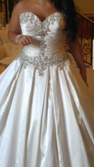 Allure '9003' size 8 used wedding dress front view on bride
