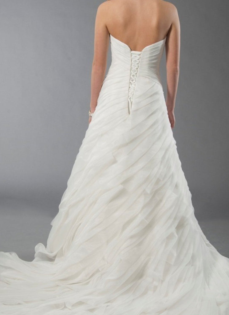 Alfred Sung '6898' size 4 new wedding dress back view on model