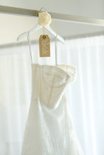 Load image into Gallery viewer, Monique Lhuillier 'Treasure' - Monique Lhuillier - Nearly Newlywed Bridal Boutique - 2