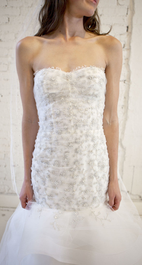 Monique Lhuillier 'Lumiere' - Monique Lhuillier - Nearly Newlywed Bridal Boutique - 4