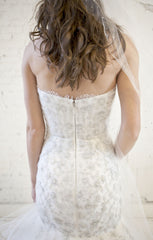 Monique Lhuillier 'Lumiere' - Monique Lhuillier - Nearly Newlywed Bridal Boutique - 5