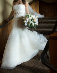 Vera Wang 'Georgina' size 6 used wedding dress front view on bride