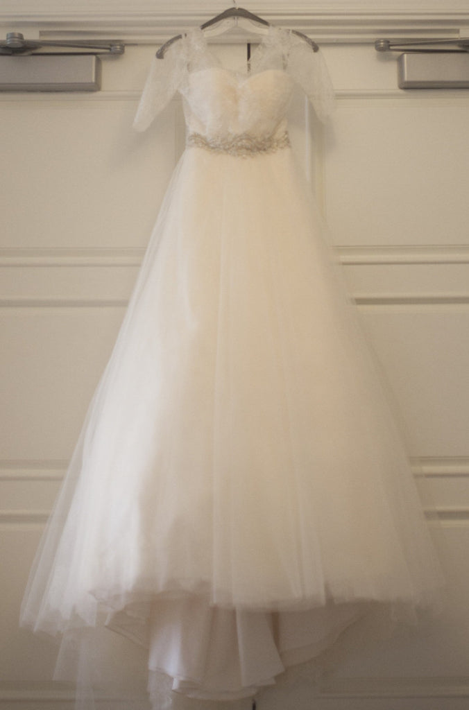Monique Lhuillier 'Bliss' - Monique Lhuillier - Nearly Newlywed Bridal Boutique - 4