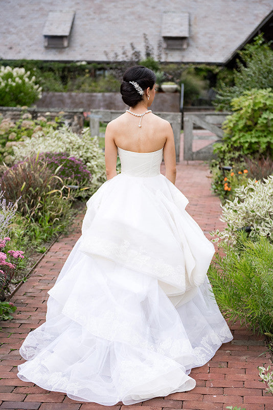 Vera Wang 'Katherine' with Lace Detail and Extended Train - Vera Wang - Nearly Newlywed Bridal Boutique - 8