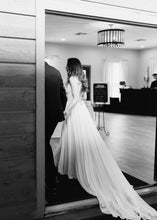 Load image into Gallery viewer, Allure '9573' size 8 used wedding dress back view on bride