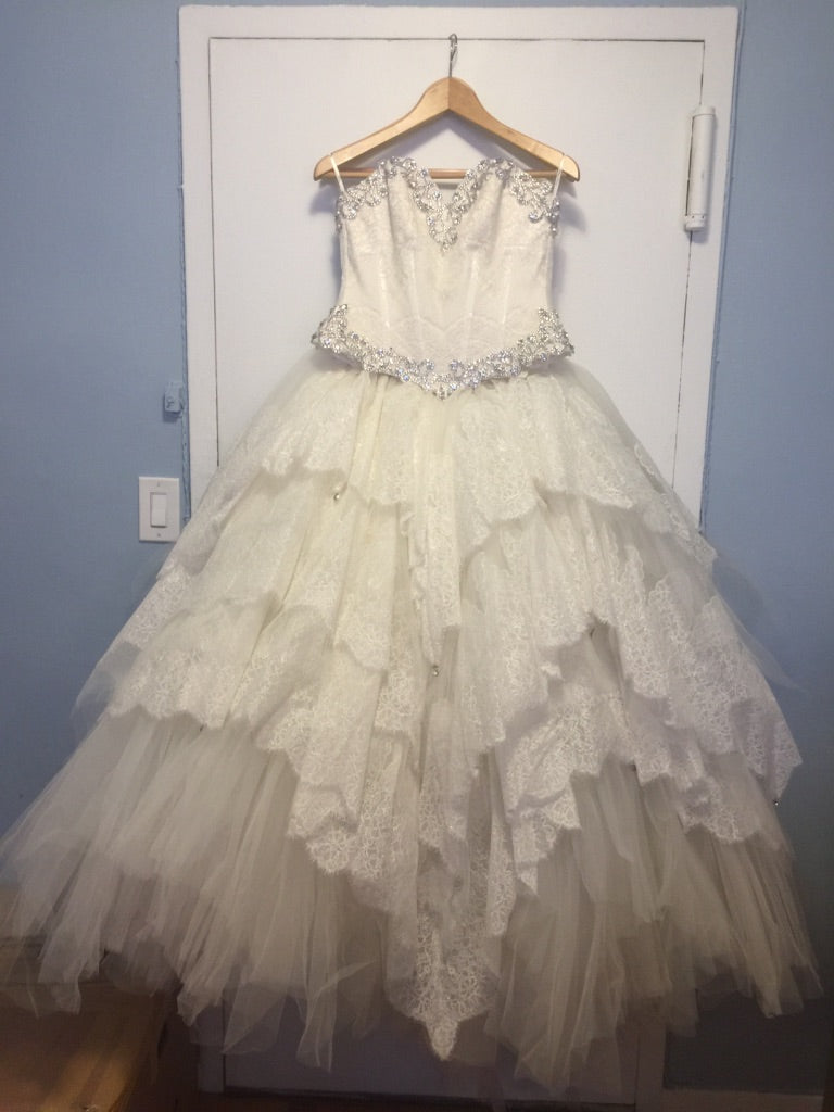 Pnina Tornai '2 Piece' size 6 used wedding dress front view on hanger