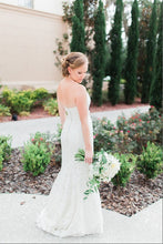 Load image into Gallery viewer, Marisa 'Melisa 952' - Marisa - Nearly Newlywed Bridal Boutique - 4