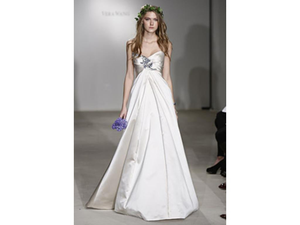 Vera Wang 'Aurora' - Vera Wang - Nearly Newlywed Bridal Boutique - 1