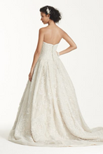 Load image into Gallery viewer, Oleg Cassini 'Beaded' - Oleg Cassini - Nearly Newlywed Bridal Boutique - 2