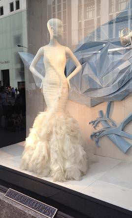 Vera Wang 'June 121712' - Vera Wang - Nearly Newlywed Bridal Boutique - 2