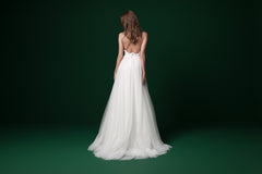 Daalarna 'PRD 233' size 6 used wedding dress back view on model