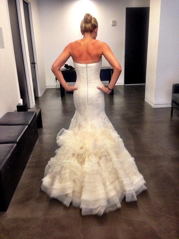 Vera Wang 'Leda' - Vera Wang - Nearly Newlywed Bridal Boutique - 3