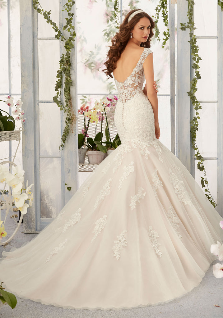 Mori Lee '5407' size 14 new wedding dress back view on model