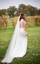 Load image into Gallery viewer, Olia Zavonzia 'Mel' size 8 used wedding dress side view on bride