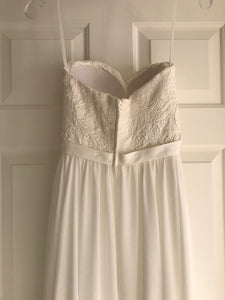 Robert Bullock 'Varro' size 0 new wedding dress back view on hanger