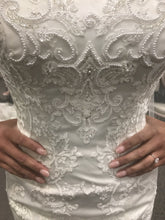 Load image into Gallery viewer, Davids Bridal 'Jewel Lace Sweetheart WG3800'