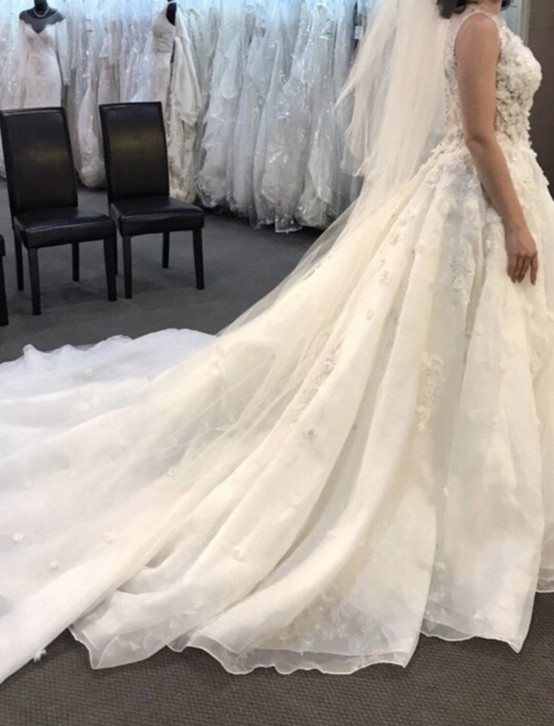 Mori Lee '8128' size 14 new wedding dress side view on bride