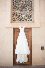 Load image into Gallery viewer, Allure Bridals '9470' size 0 used wedding dress front view on hanger