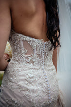 Load image into Gallery viewer, Stella York '6541' size 6 used wedding dress back view on bride