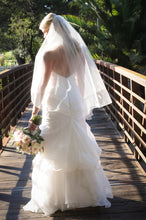 Load image into Gallery viewer, Vwidon by carla & kenneth 'VW1367 GA' wedding dress size-06 PREOWNED