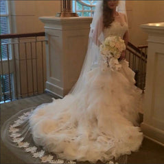 Lazaro 'Not sure' wedding dress size-10 PREOWNED