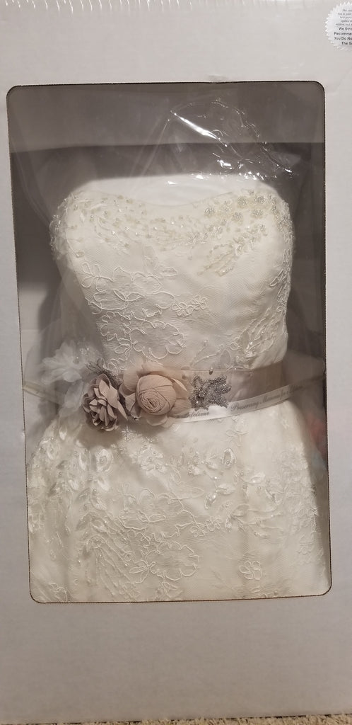 David's Bridal 'Mermaid Tiered Ivory' size 10 used wedding dress in box