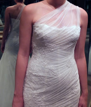 Load image into Gallery viewer, Monique Lhuillier 'Charlene' size 6 new wedding dress front view close up on bride